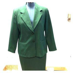 Leslie Fay vintage suit dress hunter green